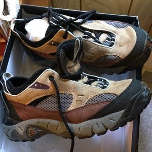 Ecco Ultimate Thrill shoes